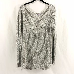 Women's Just Fab Black & White Chunky Knit Sweater